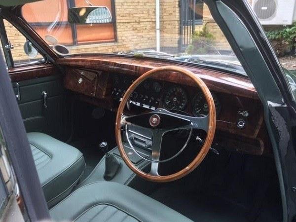 Stunning Mk2 Jaguar restoration by West Riding