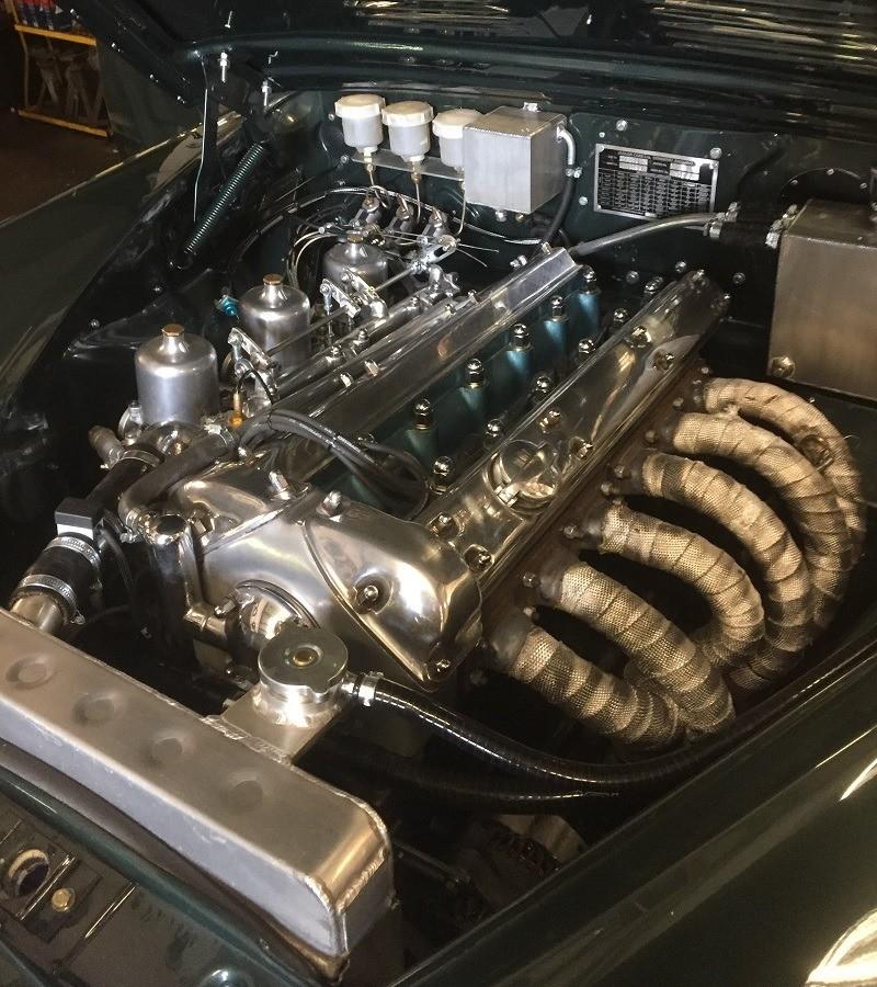 West Riding Restored Jaguar Mk2 Engine